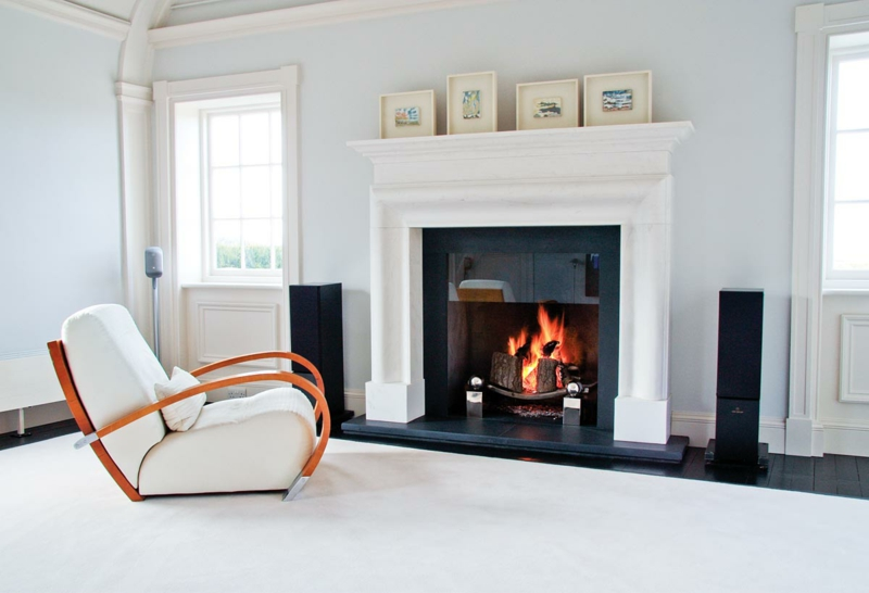 45 kamin deko ideen: so können sie den kaminsims kreativ dekorieren - Moderne Wohnzimmer Deko