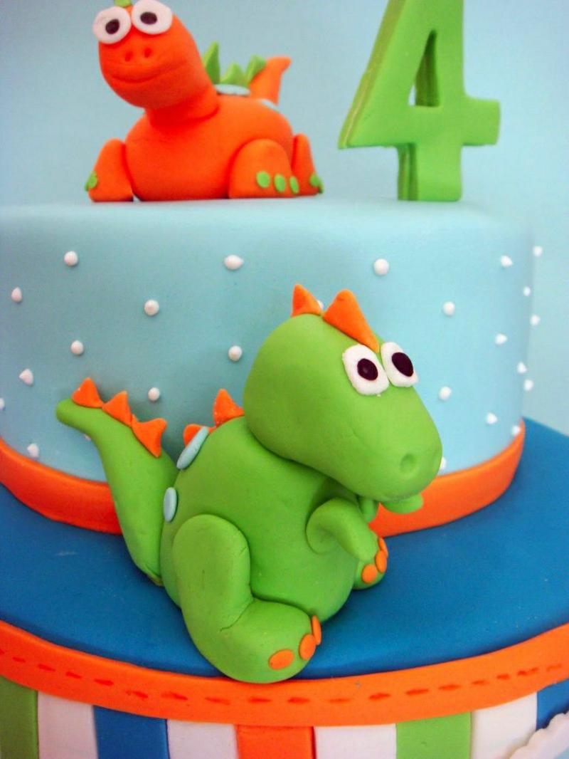 Kindertorte Geburtstagstorten Bilder Tortendeko Dinosaurier