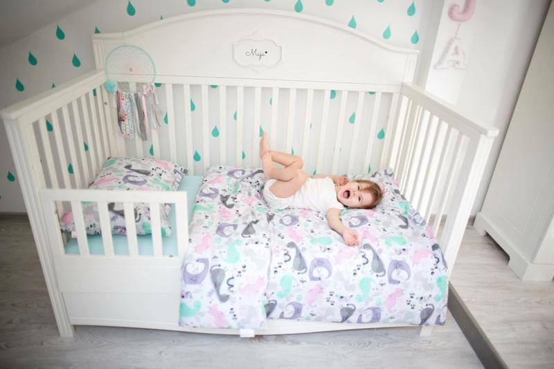 Kinderzimmereinrichtung Kindermöbel Babybett Kinderbett