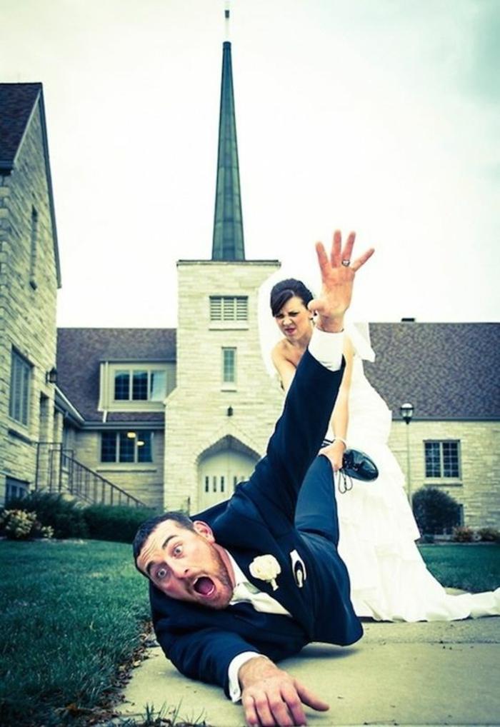 Lustige Hochzeitsbilder Bildergalerie ab in die Kicrche