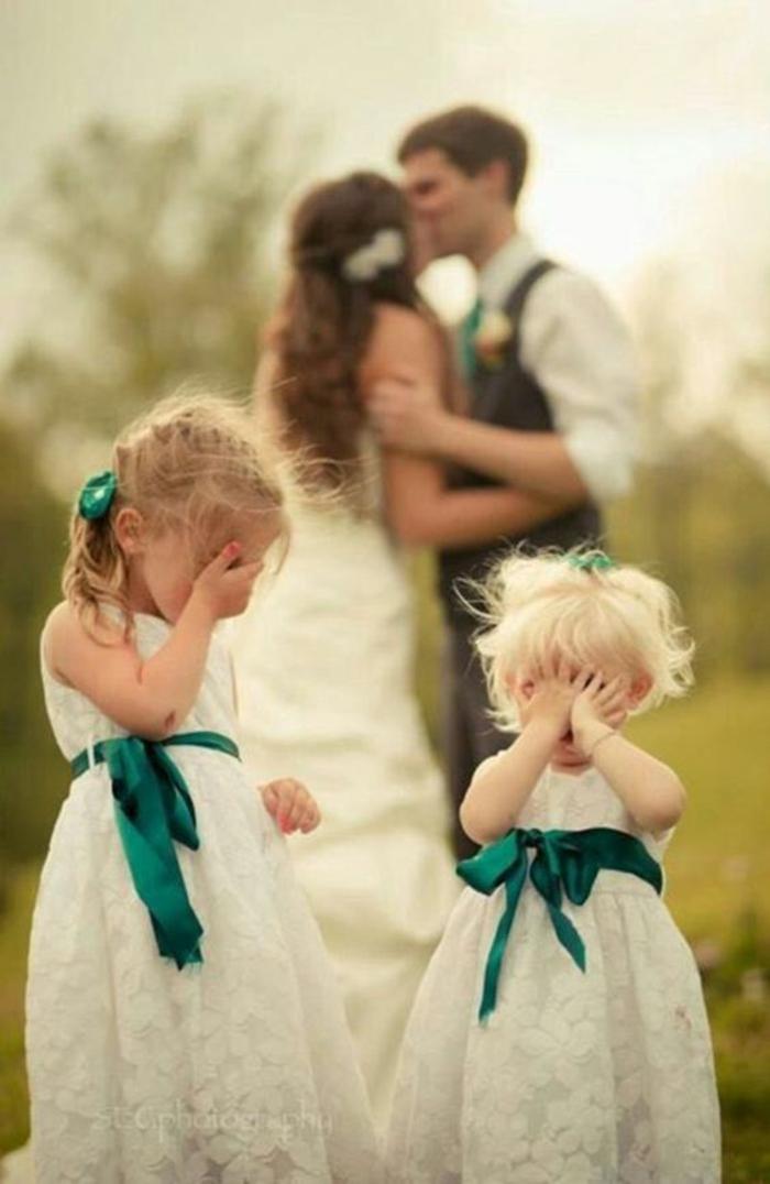 Lustige Hochzeitsbilder Bildergalerie die Braut küssen