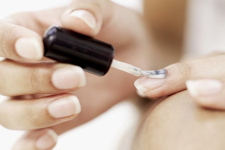 Maniküre selber machen Nagelpflege Basis