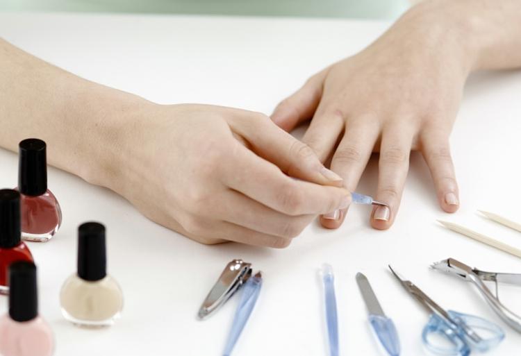 Maniküre selber machen Nagelpflege