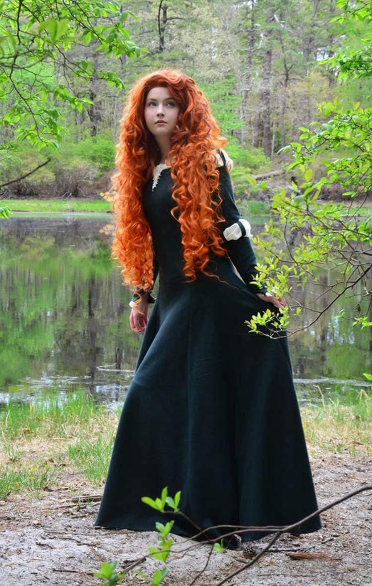 Kostüme Selber Nähen 18 Jährige Angela Clayton Kann Desney Kostüme