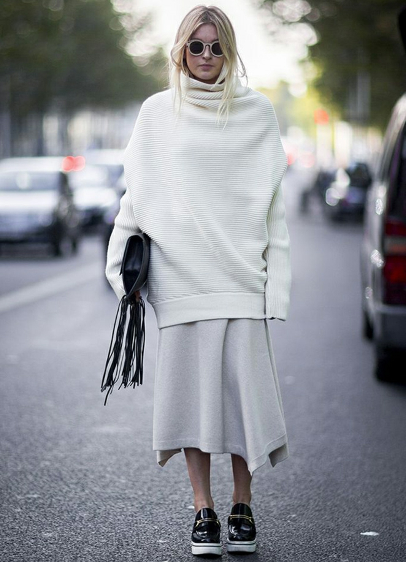 Rollkragenpullover Damen oversize weiß Winterrock