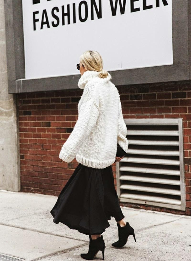 Rollkragenpullover Damen weiß oversize Wintermode