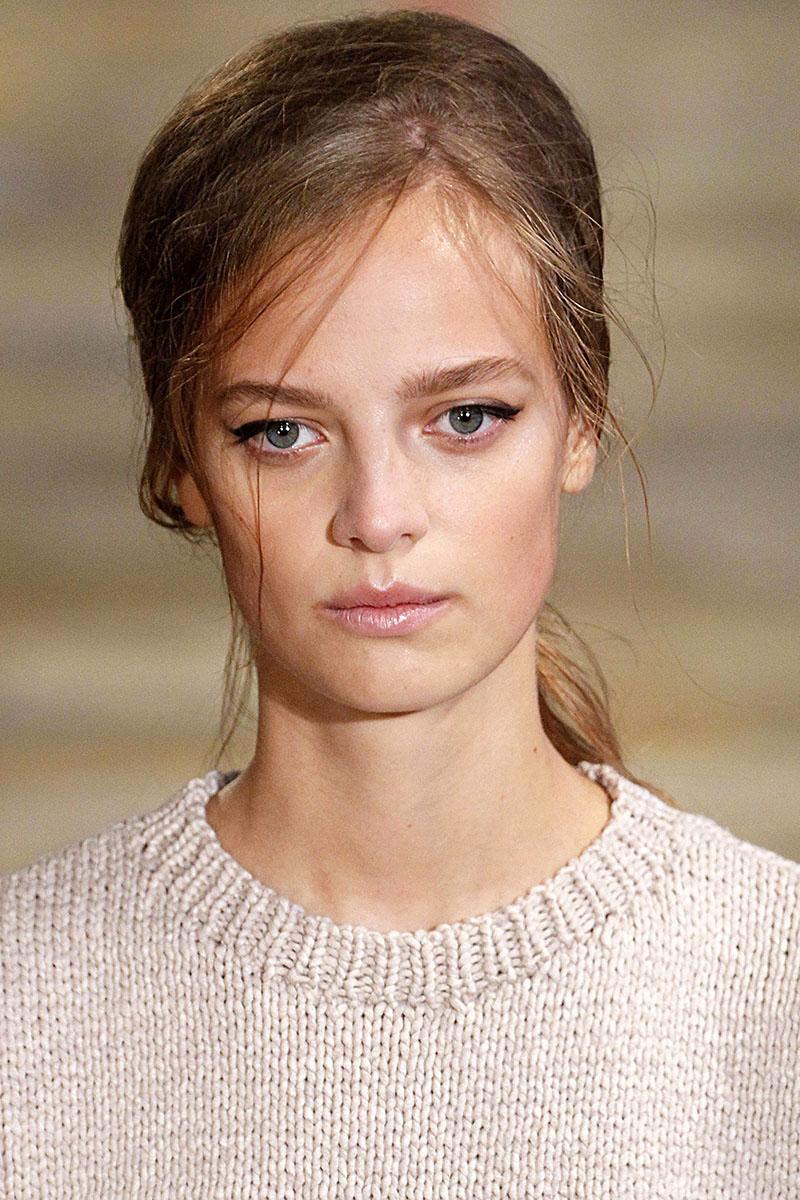 Schminktipps Eyeliner Augen Make up und Styling Trends