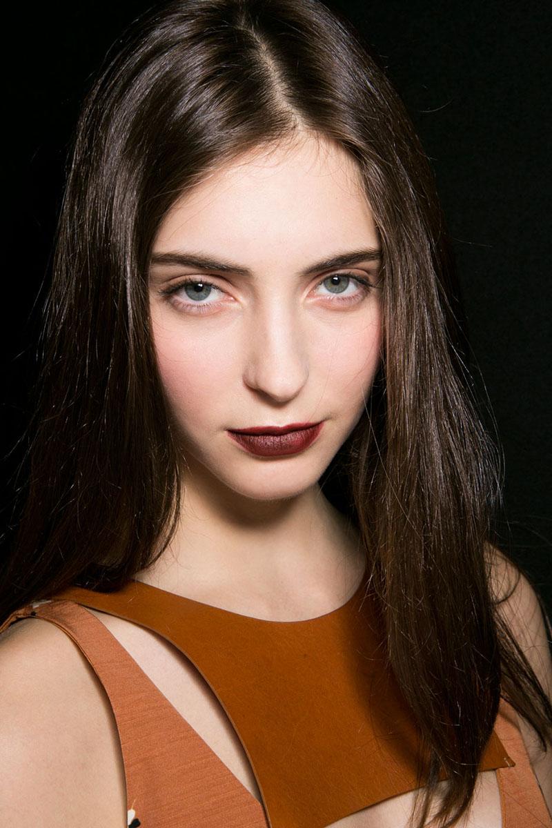 Schminktipps dunkle Lippen emporio armani