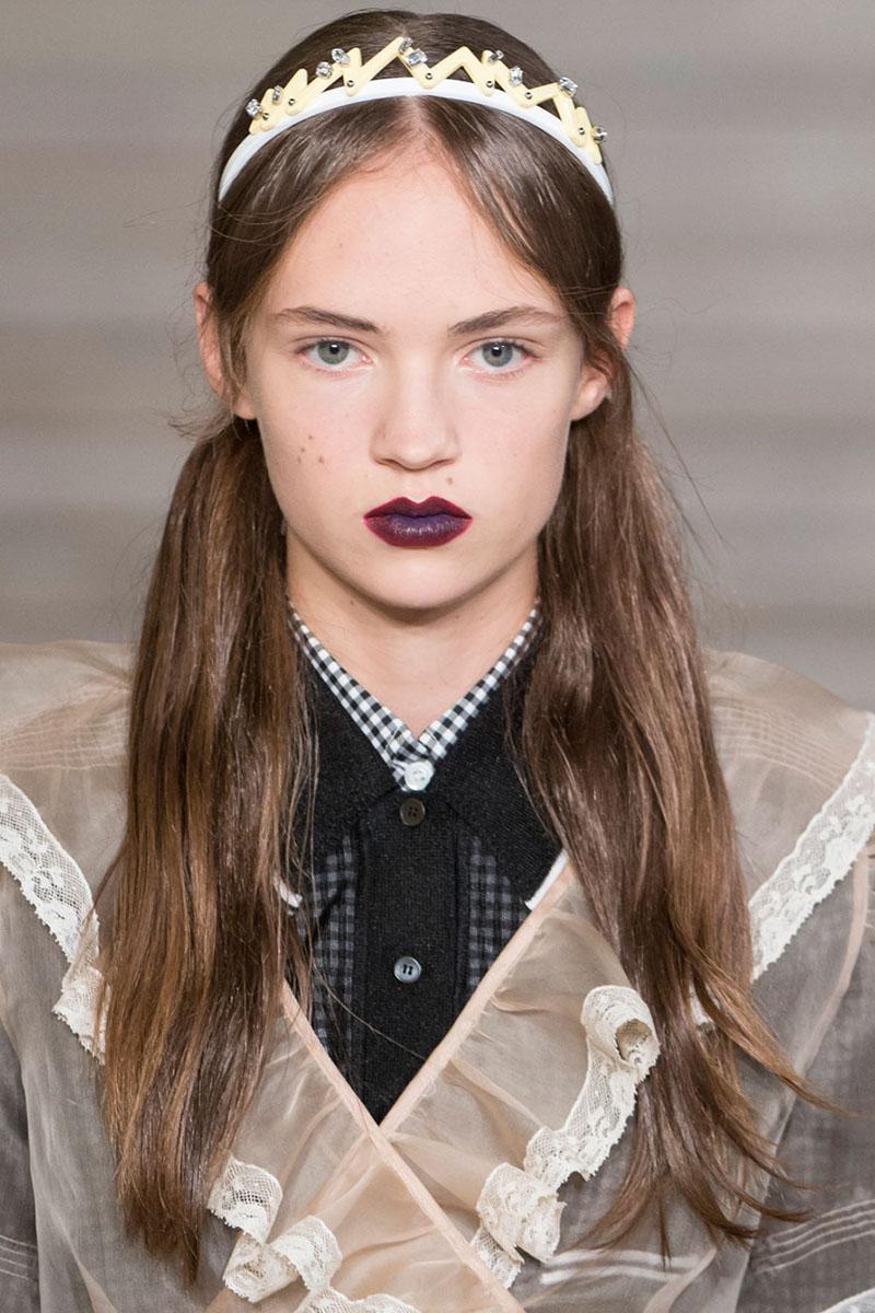 Schminktipps dunkle Lippen miu miu Make up Trends