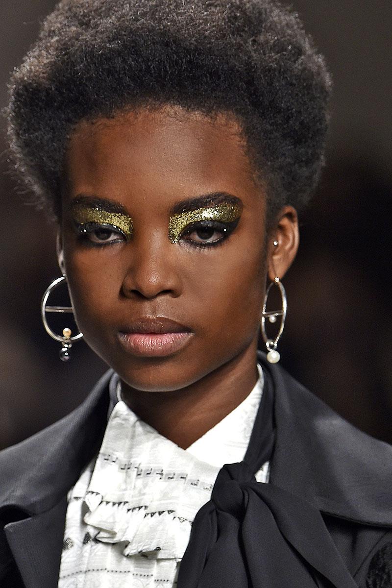 Schminktipps glitter Augen Make up Lidschatten