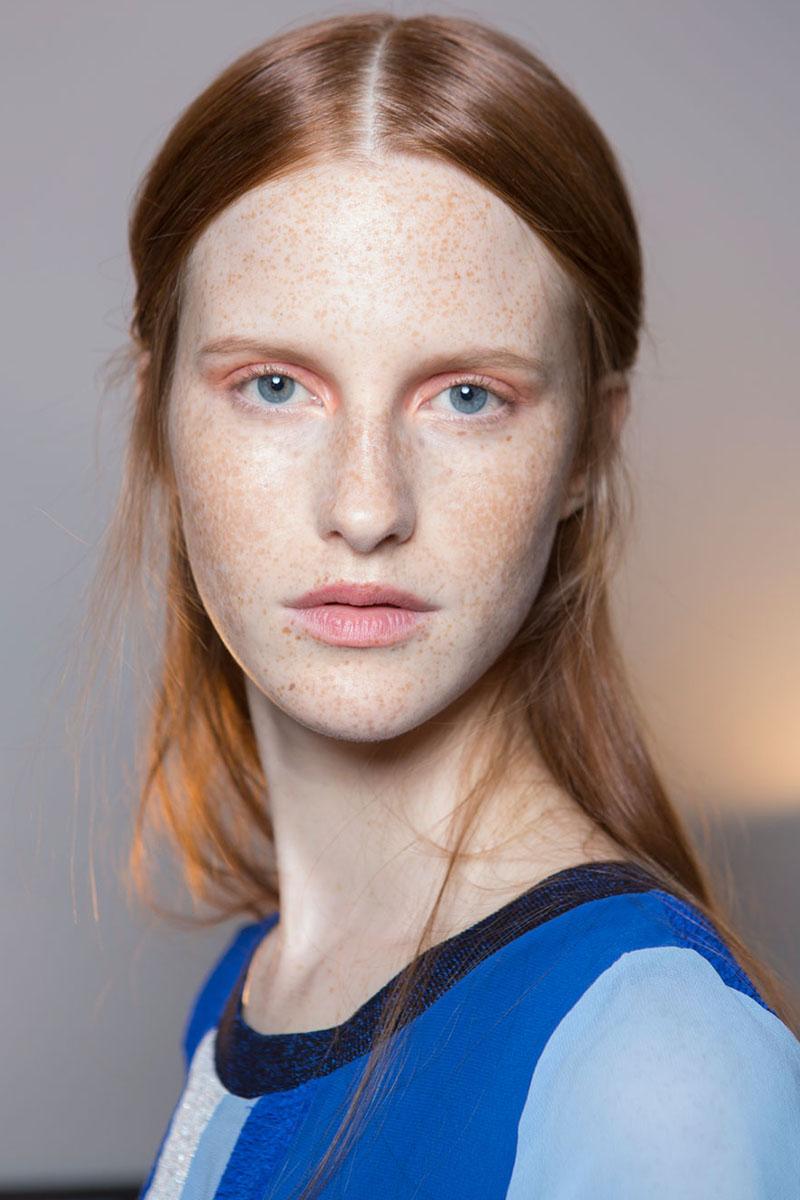 Schminktipps rosa Lidschatten Augen Make up Trends altuzarra