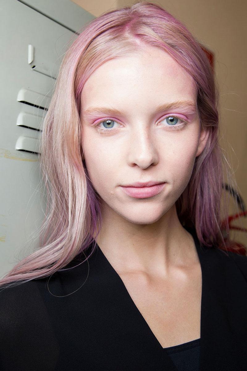 Schminktipps rosa Lidschatten Augen Make up Trends giamba