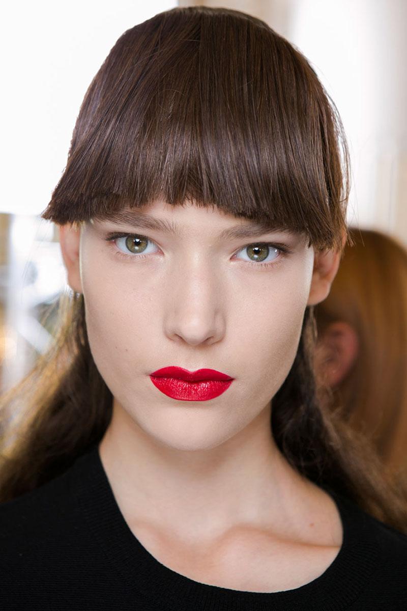 Schminktipps rote Lippen Make up Trends acne