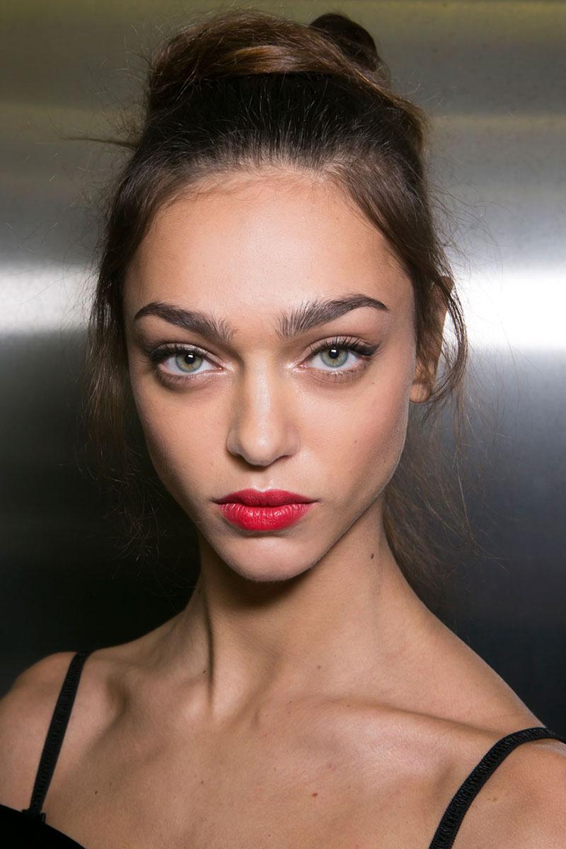 Schminktipps rote Lippen Make up Trends dolce gabbana