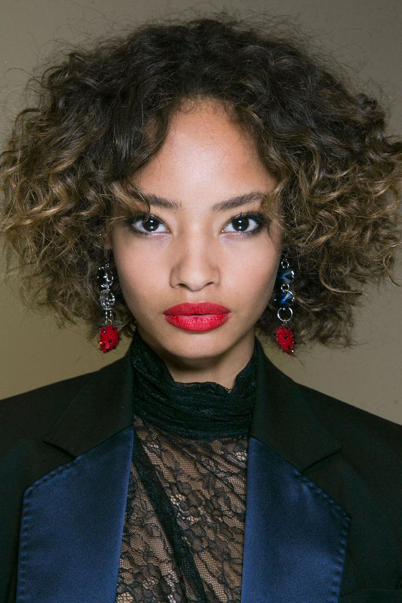 Schminktipps rote Lippen Make up Trends topshop