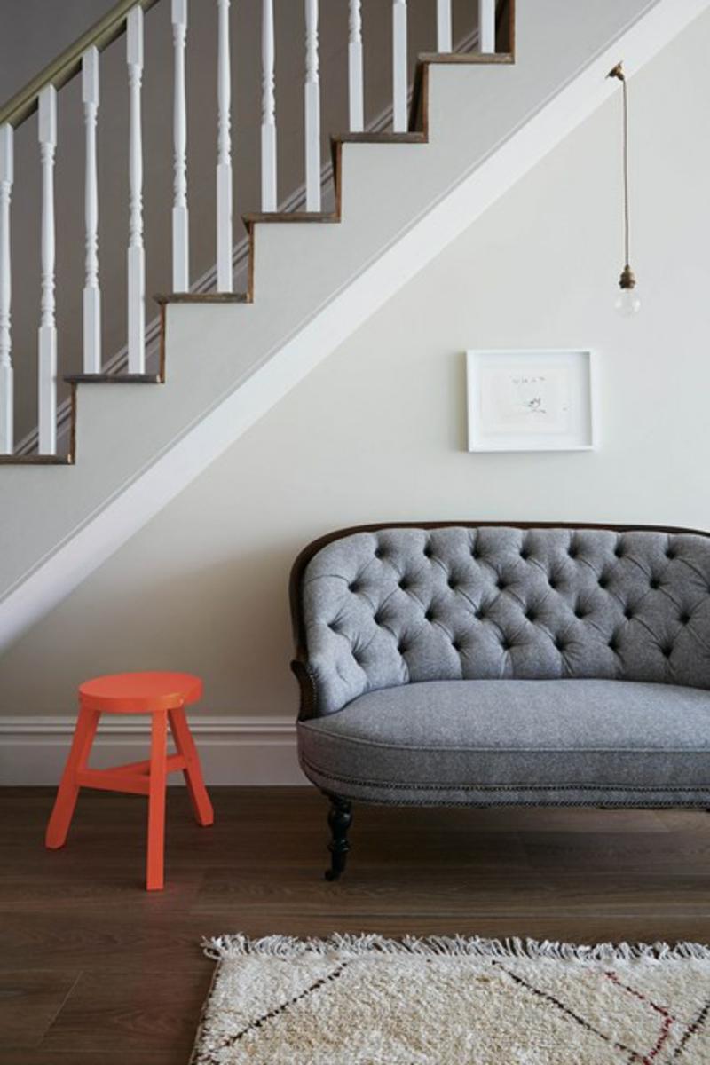 Wandgestaltung Flur Flurmöbel Sofa