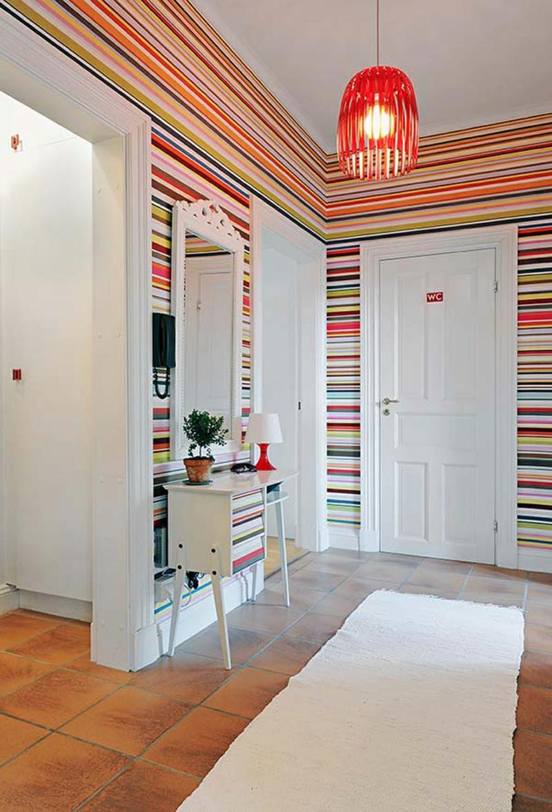 Wandgestaltung Tapeten Flur Dielenmöbel einfache Deko Ideen