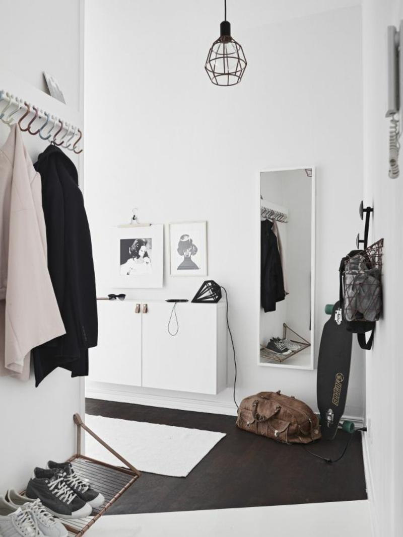 Wandgestaltung Wandfarbe Flur Weiß Dielenmöbel Garderobenhaken