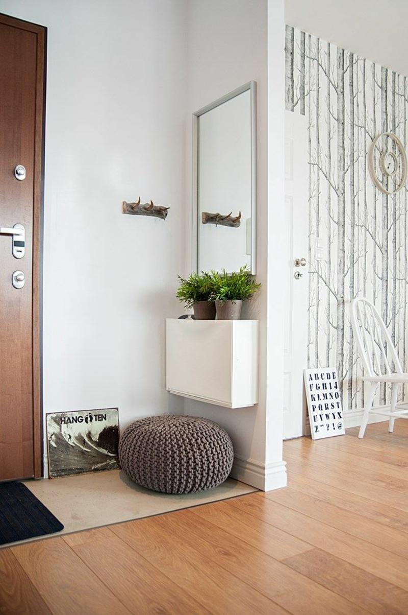 Wandgestaltung Wandfarbe Flur Weiß Dielenmöbel Wandspiegel