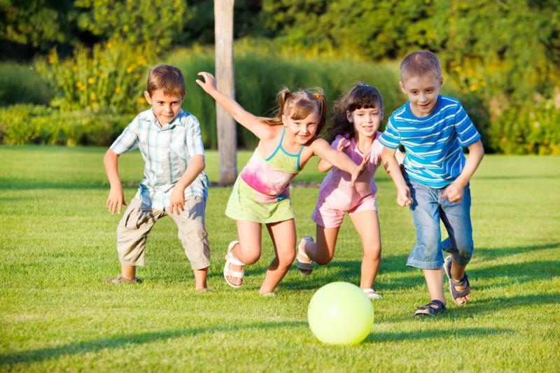 Wie können Kinder abnehmen im Freien spielen
