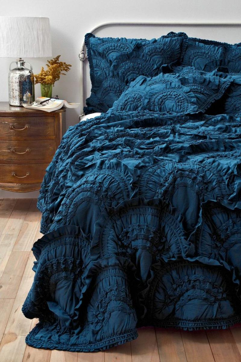 ausgefallene bettw sche nach dem sternzeichen aussuchen. Black Bedroom Furniture Sets. Home Design Ideas