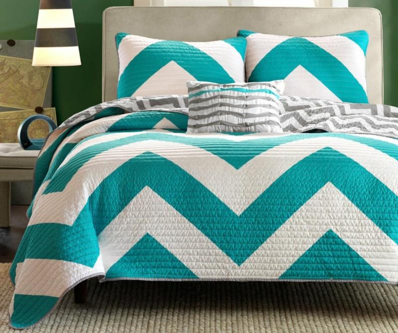 ausgefallene Bettwäsche zweifarbig Chevron Muster minzgrün weiß
