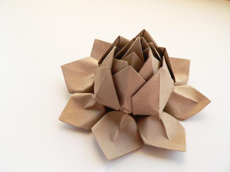 Ausgefallene Geschenkideen DIY Geschenke Origami Blume
