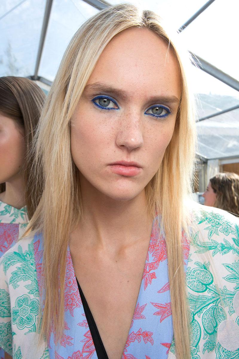 blaue Lidschatten Augen Make up 2016 trends saunders Styling Tipps