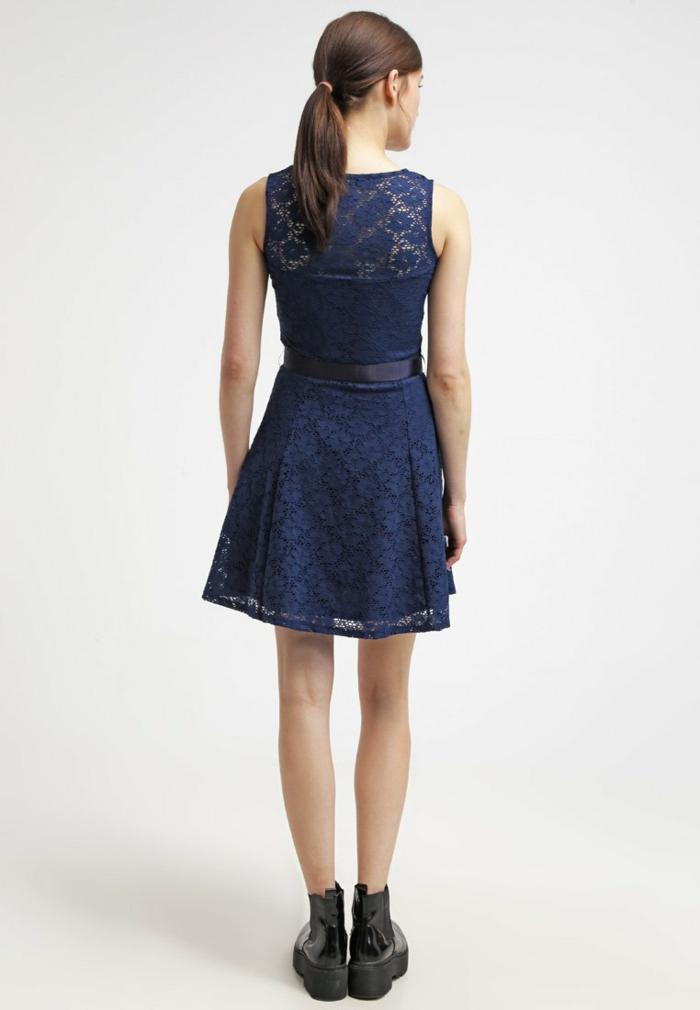 blaues kleid farbgestaltung  blaue  kleider dessin seide bequem mit rücken