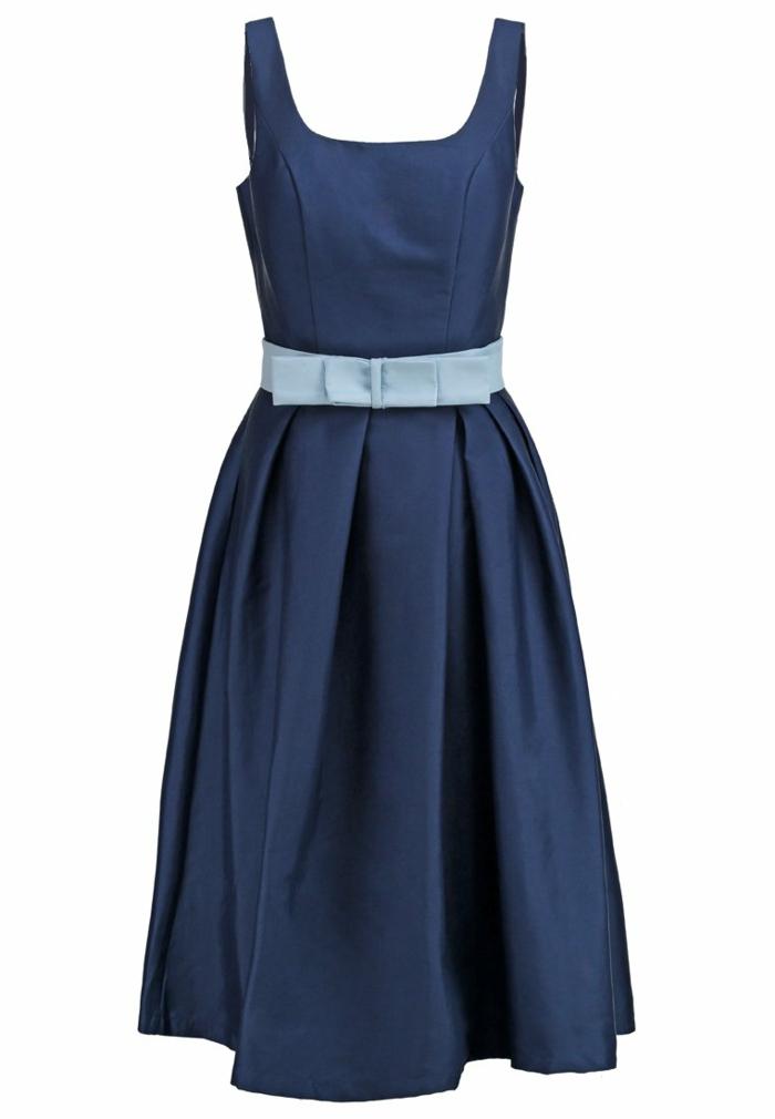 blaues kleid farbgestaltung blaue  kleider dessin  seide mit gürtel