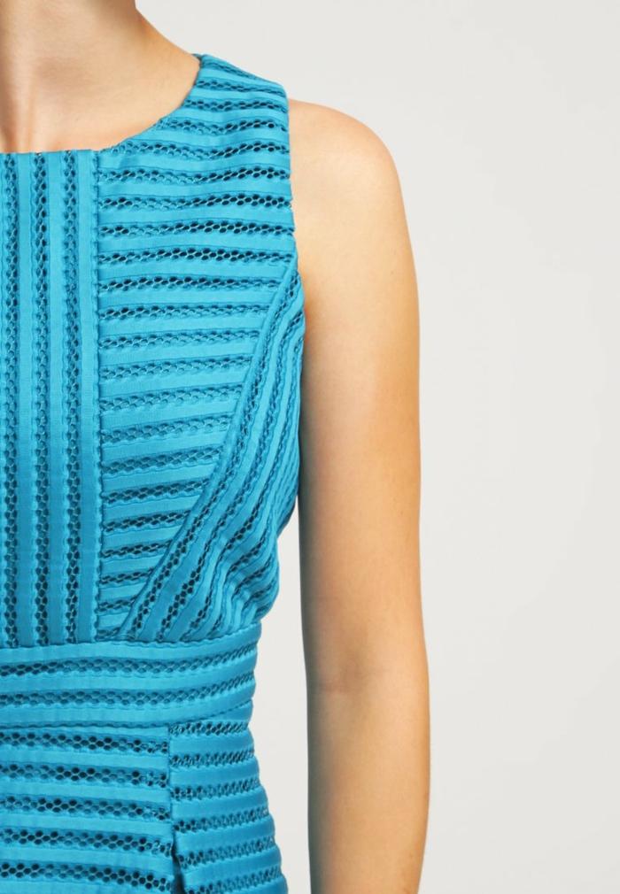 blaues kleid farbgestaltung  blaue kleider fragment