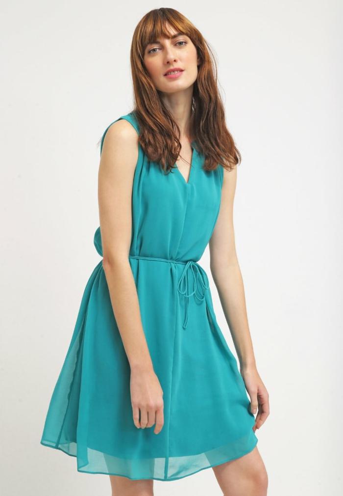 blaues kleid farbgestaltung blaue kleider schiffon seide