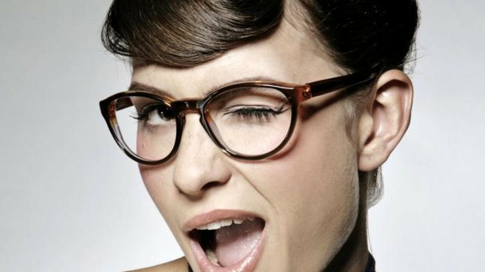 brillenmode modische brillen aktuelle tendenzen aktuell für coole streber