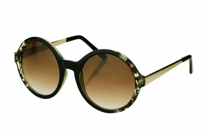 modische brillen aktuelle tendenzen groß und rund