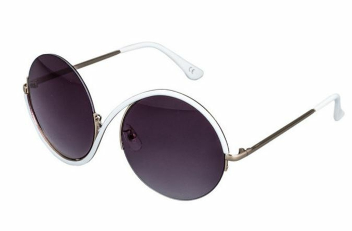 brillenmode modische brillen aktuelle tendenzen schwarz weiss