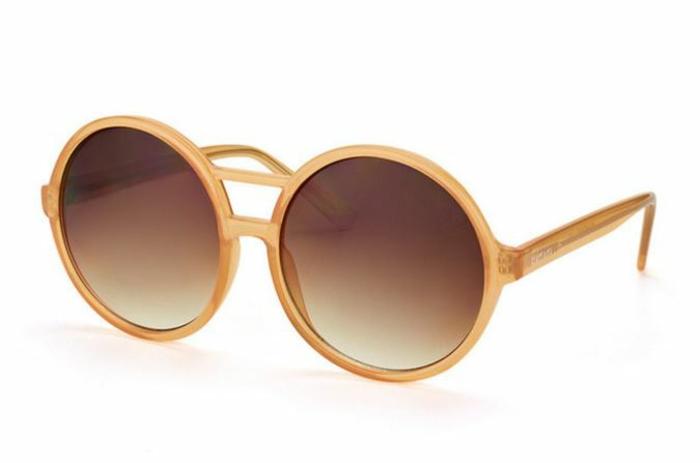 modische brillen aktuelletendenzen stark runde damenhaft