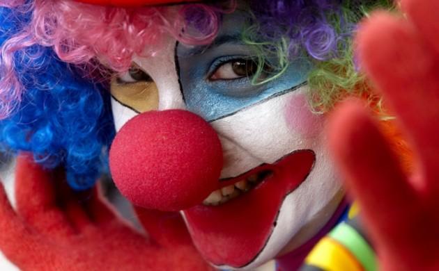 clown-schminken-make-up-professionell-tutorial-anleitung