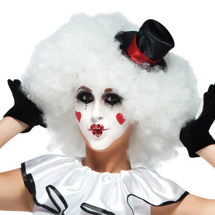 clown schminken professioneles up weiße perücke locken rote herzen