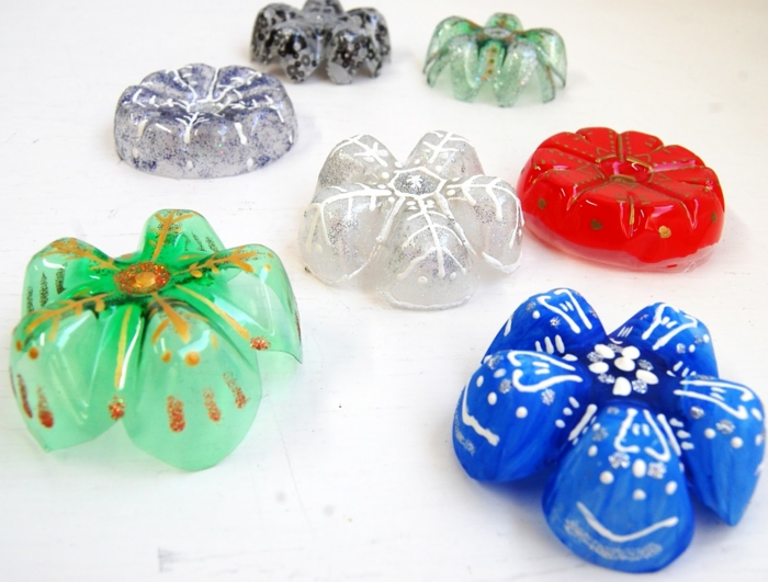 deko ideen selber machen schneeflöckchen plastikflasche