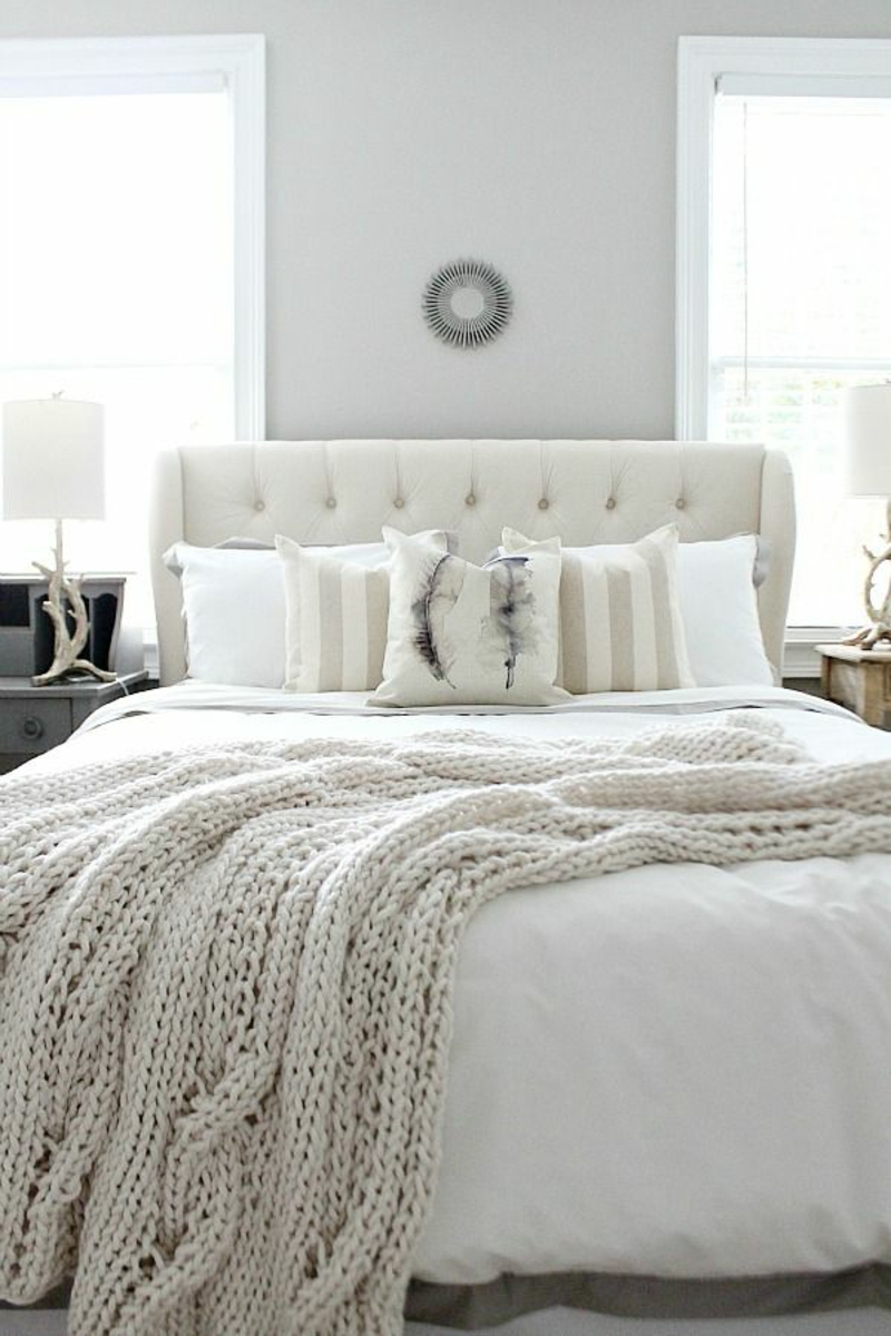 einfarbige Bettwäsche weiß gestichte Bettdecke Winterbettwäsche