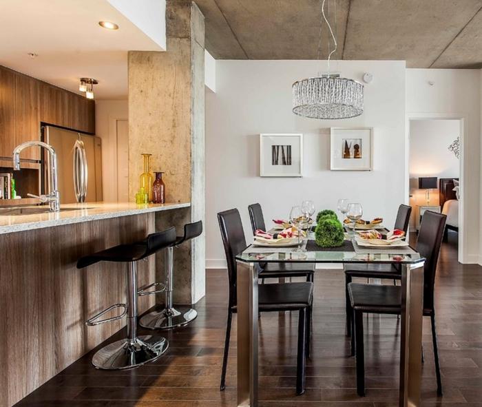 einrichtungsideen küche einrichtungstipps esstisch glas metall lederstühle barhocker  bartheke marmor beton kronleuchter