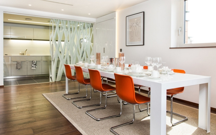 einrichtungsideen küche einrichtungstipps modern stühle freischwinger metall orange plastik esstisch weiß