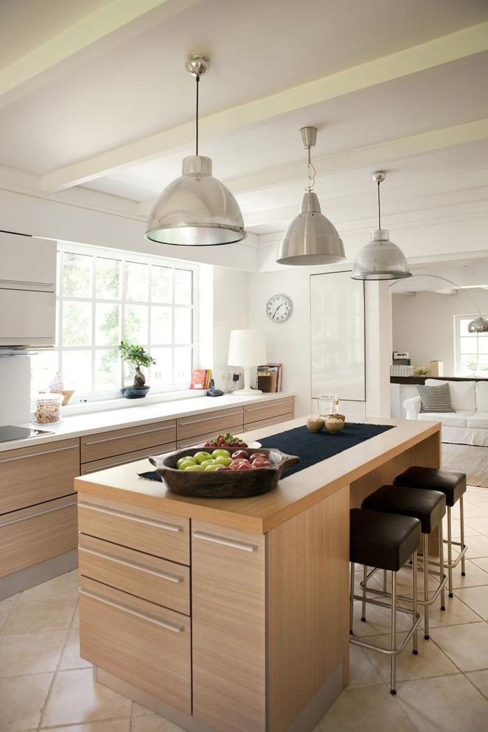 einrichtungsideen kleine kueche runder kücheninsel esstisch theke barhocker leder pendelleuchten metall