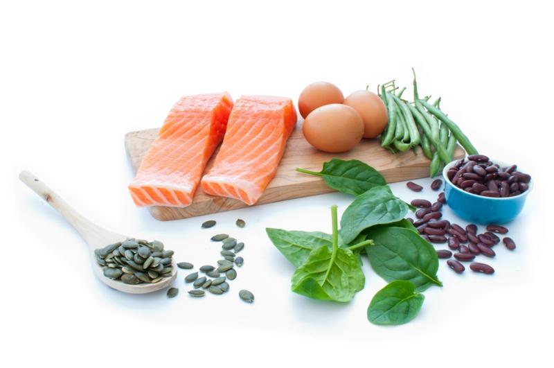 eiweißreiches Gemüse gute Proteinquellen pflanzliche Eiweiße Bohnen Spinat