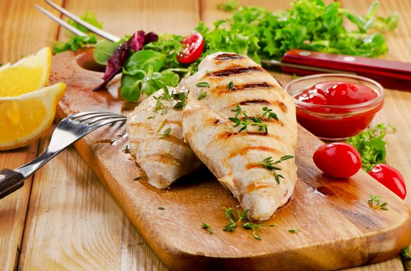 eiweißreiches Gemüse gute Proteinquellen pflanzliche Eiweiße Fischgerichte