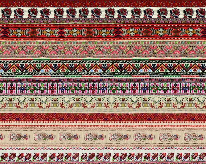 ethno kleidung ethno mode ethno muster Stickerei valentino mode tracht muster reihen