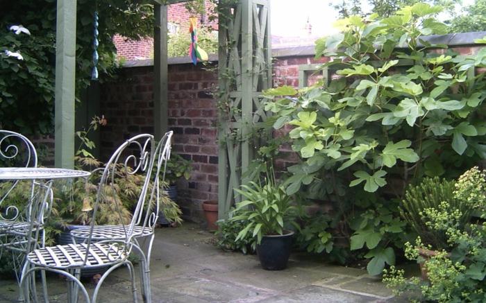 garten gestalten ideen gartenmöbel pflanzen gartenmauer