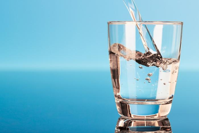 gesundes essen wasser trinken lifestyle trends
