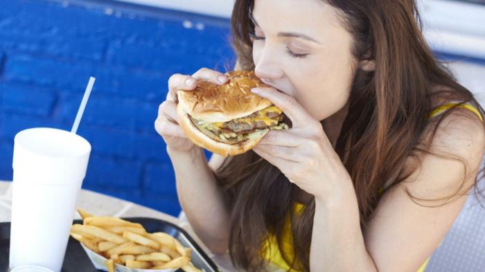 haarpflege tipps winter gesundes essen junk food meiden