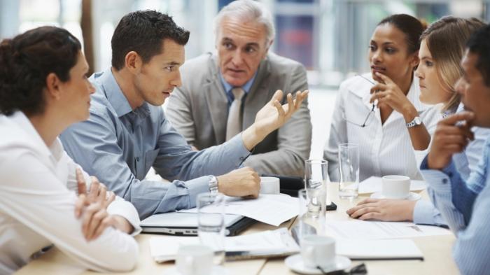 horoskop waage business job beförderung meeting organisieren mitarbeiter kollegen